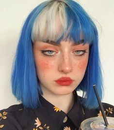 Multicolored Hair Color is one of the new and fast booming trends. You can get the same look in minutes using Hair Wigs as this might damage your natural hair Hair Streaks, Hair Highlights, Color Streaks, Green Hair, Blue Hair, White Hair, Hairstyles With Bangs, Pretty Hairstyles, Grunge Hairstyles