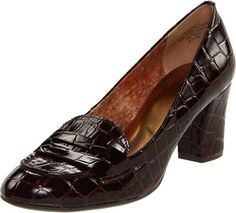 FREE AK Anne Klein Giveaway! Sign up at  http://wholesalebootsnshoes.com/product-giveaway/