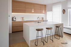 Réalisations - Louis Culot Scandinavian Interior Design, Interior Design Kitchen, Kitchen Sets, Kitchen Decor, Kitchen Modern, Cuisines Design, Minimalist Decor, Interior Styling, Home Kitchens