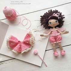 How to Crochet a Basic Doll - Crochet Ideas Crochet Fairy, Cute Crochet, Beautiful Crochet, Knitted Dolls, Crochet Dolls, Doll Clothes Patterns, Doll Patterns, Easy Crochet Patterns, Crochet Gifts