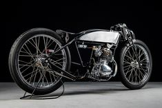 Douglas Board Tracker by Sabotage Motorcycles Posted on May 2019 by Scott in Board Tracker. Honda Cb125, Motorcycle Party, Brat Cafe, Motorcycle Manufacturers, Motorized Bicycle, Honda S, Old Frames, Most Expensive Car, Manualidades