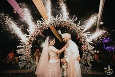The wedding of Shraddha and Dhaval was looks like a fun filled family wedding.They both looks stunning in their outfit. Desi Wedding Decor, Wedding Stage Decorations, Wedding Set Up, Wedding Story, Wedding Couples, Wedding Tips, Indian Wedding Stage, Indian Weddings, Bride Entry