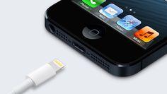 iPhone 5, checché se ne dica, è lo smartphone dei grandi cambiamenti per Apple, soprattutto per quei dettagli minori che spesso non vengono nemmeno considerati in certe valutazioni, ma che, come dimostra la situazione per gli accessori prodotti da terze parti, possono fare la differenza. Apple ha infatti definitivamente modificato la policy per ottenere la certificazione MFI (Made for iPhone/iPod/iPad), senza contare che la presenza del nuovo connettore costringerà a qualche ritardo di…