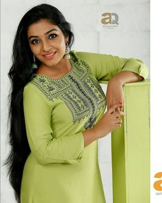 The next Rapunzel for the day is Our site is dedicated to the celebration of beautiful long hair. Beautiful Girl Indian, Beautiful Girl Image, Most Beautiful Indian Actress, Beautiful Long Hair, Beautiful Saree, Beautiful Gorgeous, Beautiful Actresses, Beauty Full Girl, Beauty Women