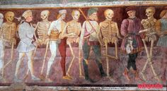 Discover The Triumph of Death in Clusone, Italy: A medieval fresco which reminds visitors that death will come for us all. Art Macabre, La Danse Macabre, Dance Of Death, Memento Mori, Fresco, Francois Villon, Religion, Late Middle Ages, Skeleton Art
