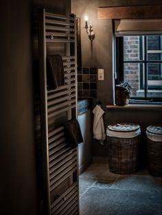 Landelijke Badkamer Met Een Hoffz Inrichting....