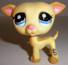 2006 Littlest Pet Shop #2041 Yellow Greyhound Whippet With Blue Eyes #Hasbro