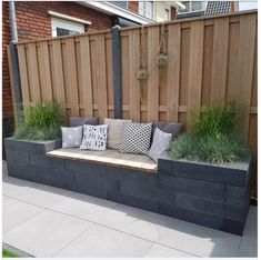 78 ideas of modern garden fence designs for summer ideas 15 modern deck patio ideas for backyard design and decoration ideas Backyard Fences, Backyard Landscaping, Backyard Seating, Fence Garden, Fence Planters, Backyard Designs, Diy Fence, Fenced In Backyard Ideas, Diy Garden Seating