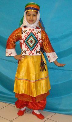 Kars Mahalli Folk Costume, Costumes, Ethnic Fashion, Traditional Outfits, Harajuku, Clothes, Dresses, Projects, Women
