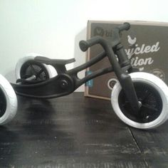 Xavi's first ride #wishbonebike #firstbirthday #present