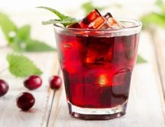 Do your health a favor by drinking cranberry juice more often. Cranberry juice is extracted from a small acidic berry coming from an evergreen shrub cultiv Thc Detox, Kidney Detox Cleanse, Liver Detox, Detox Drinks, Healthy Drinks, Healthy Vag, Remedies For Kidney Infection, Uti Remedies, Smoothie Recipes