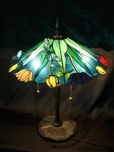 http://www9.plala.or.jp/himiko-studio/lamp/tulip.JPG