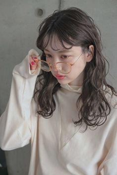 Kpop Short Hair, Kpop Hair, My Hairstyle, Pretty Hairstyles, Korean Hairstyles, Long Perm, Korean Hair Color, Hair Arrange, Hair Reference