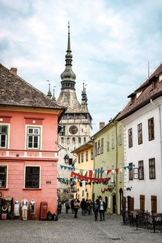 Travel guide for one weekend in Sighisoara, the most medieval town in Romania. Beautiful Places To Visit, Places To See, Visit Romania, Royal Caribbean Cruise, Most Haunted, Medieval Town, Historical Architecture, Beach Trip, Beach Travel