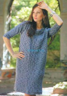 Вязаное платье из меланжевой пряжи
