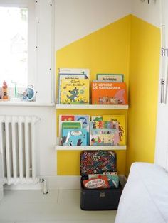 DIY paint a house maisonette to sublimate a corner of wall - Toddler Rooms, Baby Boy Rooms, Baby Room, Diy Painting, Kids Bedroom, Bedroom Ideas, Bunt, House Design, Interior Design