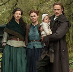 Outlander Season 5 and later expectations - Jamie is in a great position to work as a double agent; Claire Fraser, Jamie Fraser, Jamie And Claire, Fraser Clan, Diana Gabaldon, Outlander Casting, Outlander Book, Outlander Tv Series Cast, Outlander Season 3