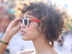 maybe one day i'll get the guts to cut my hair this short. Short Curly Haircuts 2014 For Women Short Curly Haircuts, Bob Haircuts For Women, Curly Hair Cuts, Hairstyles Haircuts, Wavy Hair, Pretty Hairstyles, Short Hair Cuts, Her Hair, Curly Hair Styles