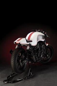 Honda CB750 Gravedigger