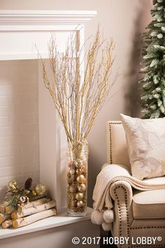 This Christmas, give your home all the holly-jolly feels with holiday-inspired updates! This Christmas, give your home all the holly-jolly feels with holiday-inspired updates! Rose Gold Christmas Decorations, Christmas Centerpieces, Christmas Tree Decorations, Holiday Decor, Cozy Christmas, Christmas Holidays, Christmas Interiors, Christmas Inspiration, Christmas Projects