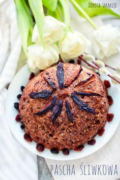 Pascha jaglana śliwkowa #Plum #millet #pascha Plum, Muffin, Gluten, Breakfast, Food, Morning Coffee, Essen, Muffins, Meals