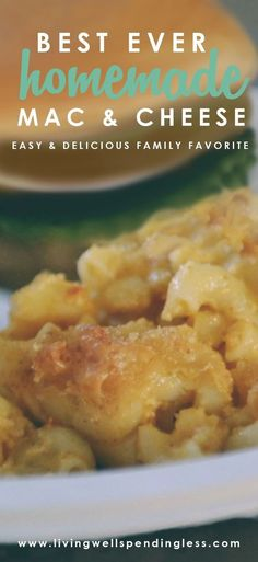 This Best Ever Homemade Mac & Cheese Recipe is easy and definitely kid approved! Add this to your meal plan rotation for a happy family and easy dinner. via lwsl #recipe #dinneridea