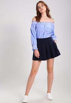 ¡Consigue este tipo de blusa básica de Only ahora! Haz clic para ver los detalles. Envíos gratis a toda España. ONLY ONLKATY Blusa blue: ONLY ONLKATY Blusa blue Ofertas   | Material exterior: 100% algodón | Ofertas ¡Haz tu pedido   y disfruta de gastos de enví-o gratuitos! (blusa básica, basic, basico, basica, básico, basicos, casual, clasica, clasicas, clásicas, clásica, básicos, básica, bluse, blusa básica, chemisier basique, blusa basica, básicas)