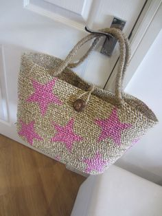 New, Hand Woven Large Pink Star Beach Bag/Beach Tote