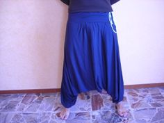triangular harem pants: a tutorial for men and women!  easy and quick to sew!