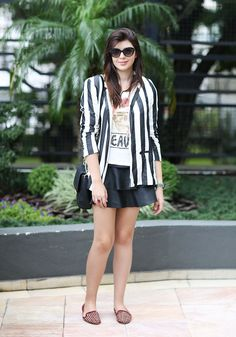 Beetlejuice, Look Short Jeans, Tommy Hilfiger, Swatch, Forever 21, Zara, Street Style Trends, Style Inspiration, Fashion Trends