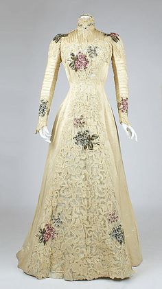 Dress Date: ca. 1900 Culture: American Medium: silk Accession Number: 1979.346.207