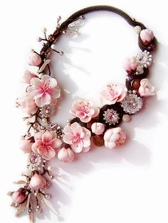 Beautiful jewelry with sakura flowers | Beads Magic