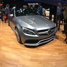 I need to drive one to see what it's like. @anita_mercedesamg have you driven one❓I'm sure you have❓care to give me your review.  #c63amg #w205 #Benz #C63 #AMG #Biturbo #Mercedes #NYautoShow2015 #NYautoshow #MercedesBenz #Cclass por: the_wise_dj