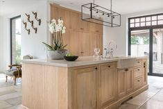 home decor art Kitchen Dinning Room, New Kitchen, Interior Decorating, Interior Design, Kitchen Interior, Decoration, Sweet Home, Interior Inspiration, Home Decor