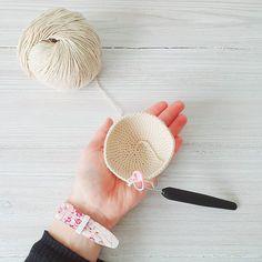 curso básico de crochet para principiantes - Ahuyama Crochet Band, Accessories, Crocheting, Cat Ears, Mermaid Tail Blanket, Beginner Crochet, Sash, Bands, Jewelry Accessories