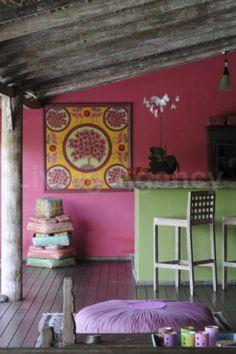 Villa Warna ,Bali....♥ Perfect balance of texture, color and wood.
