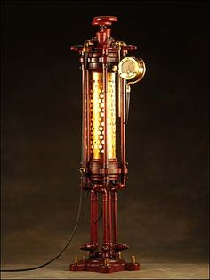 This is already the third time I feature devices created by J.W.Kinsey's Artifice on this blog. The first is here, the second here. Now, the master of Steampunk Lamp Designs has yet again sen…