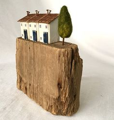 These little houses make a perfectly simplistic but rustic art gift for the lover of reclaimed wood art or driftwood art. A fantastic Christmas gift or gift for the home or even for your own home decor, this unusual piece will be appreciated for years to come. The base is I think, part of