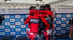 En Ponferrada ya luce el arcoíris del ciclismo mundial http://www.revcyl.com/www/index.php/deportes/item/4556-leon-ponferrada-est%C3%A1-lista-para-acoger-a-los-participantes-en-el-campeonato-mundial-de-ciclismo-uci-2014