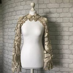 Crocheted Shrag for Wedding Ceremony Bolero jacket for Irish crochet Crochet top Irish lace Crochet With Cotton Yarn, Crochet Coat, Backyard Wedding Dresses, Boho Fashion, Fashion Dresses, Toddler Dress Patterns, Manga Raglan, Shrugs And Boleros, Lace Bolero