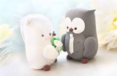 Unique Owls wedding cake toppers