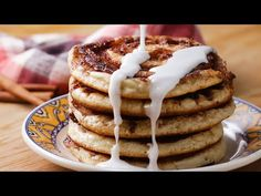 Cinnamon Roll Pancakes With Chloe Coscarelli Recipe by Tasty Cake Ingredients, Cinnamon Roll Pancakes, Cinnamon Rolls, Whole Food Diet, Whole Food Recipes, Sweets Recipes, Desserts, Vegan Recipes, Breakfast