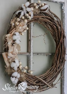 Farmhouse Style Wreath using Canvas Corp Brands products www.sheilarumney.com