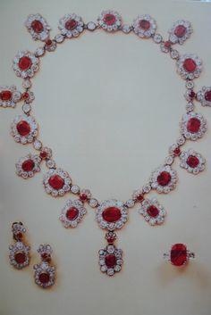 joyaux de la couronne francaise aigrette diamond de marie antoinette - Google Search