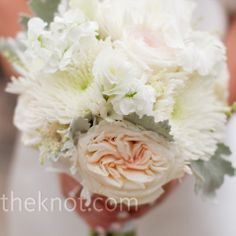 Real Weddings - A Modern Outdoor Wedding in Ann Arbor, MI - White and Peach Bouquet