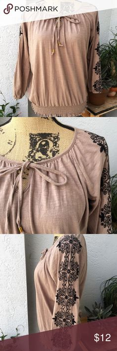 French Laundry long sleeve top with embroidery Cute long sleeve shirt, with embellishments on the arms. Cinching on the bottom Scoop neckline with a tie Great Condition Woman's size Large Made by French Laundry French Laundry Tops Tunics