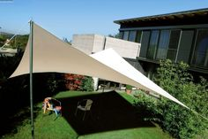 Custom shade sails for terraces Modern solar control -  Hot summer days, you aspire to a place in the shade outside.