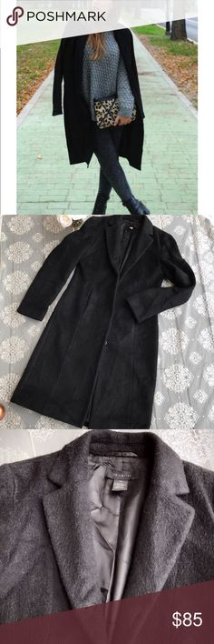 The Limited wool- wool mohair winter coat Excellent condition size extra small, 50% wool, 28% wool mohair, 22% nylon The Limited Jackets & Coats