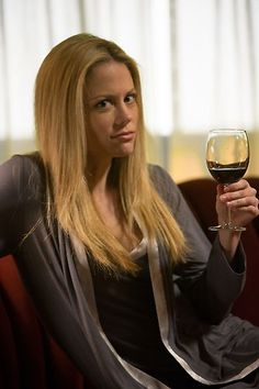 "Grimm Behind the Scenes: ""Goodnight, Sweet Grimm"" - Adalind (Claire Coffee)"