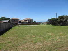 Lovely level plot with sea views in Port Alfred. If you are wanting to build your dream home in Port Alfred, you can be assured of the quality of the homes.